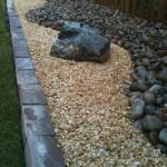 Мулч с чакъл и камъни