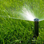 Дефлекторен разпръсквач за напояване на малки тревни площи